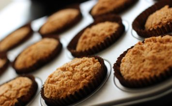 Apple Streusel Cupcake Muffins