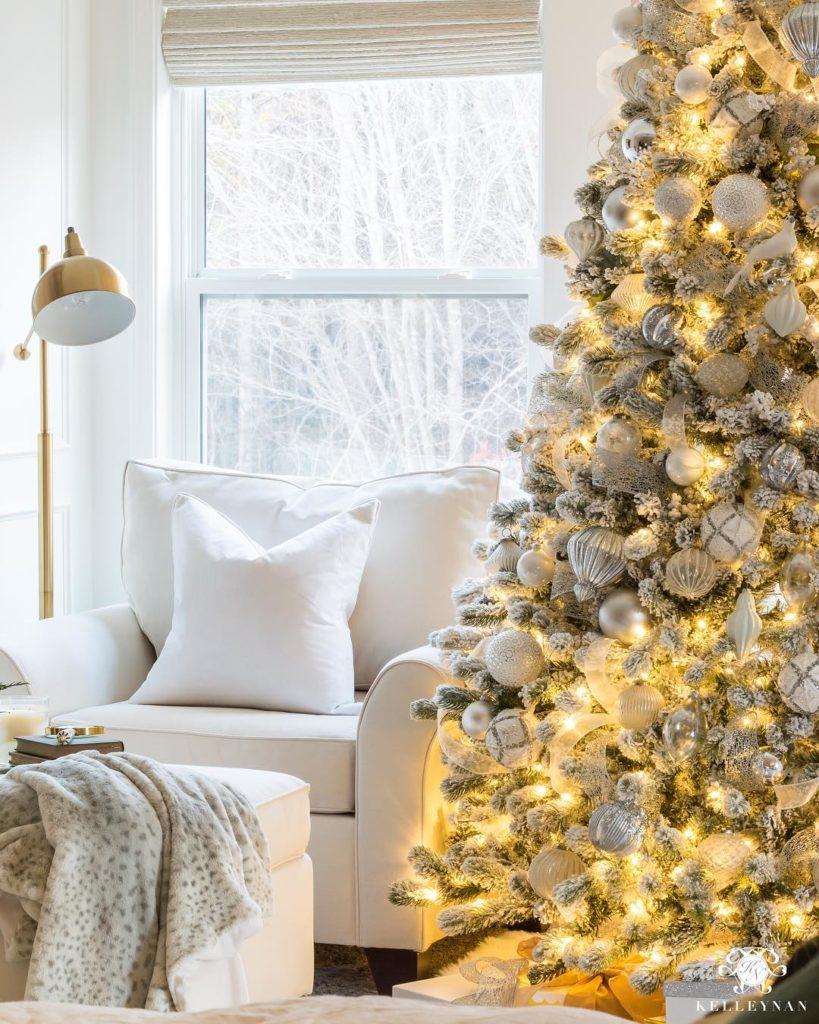 Christmas tree decor all white @kelleynan