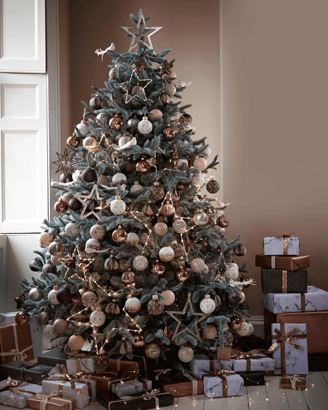 top 12 beautiful christmas tree decorations - Beautiful Christmas Tree Decorations
