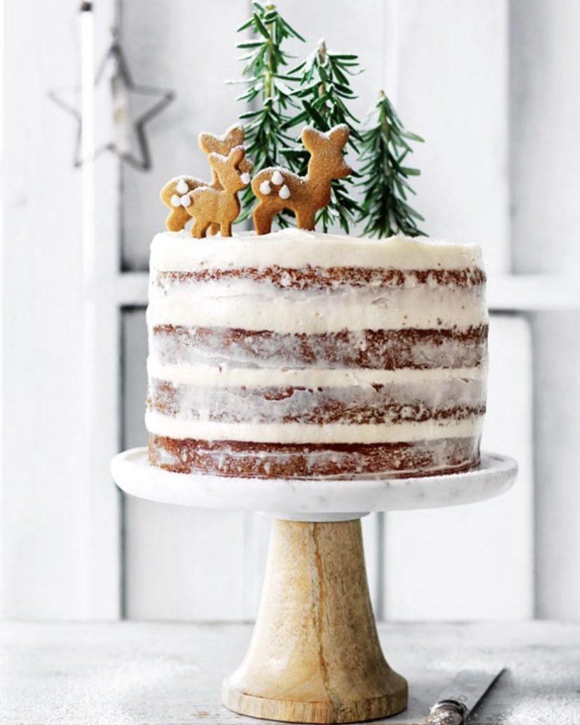 Deer christmas cakes