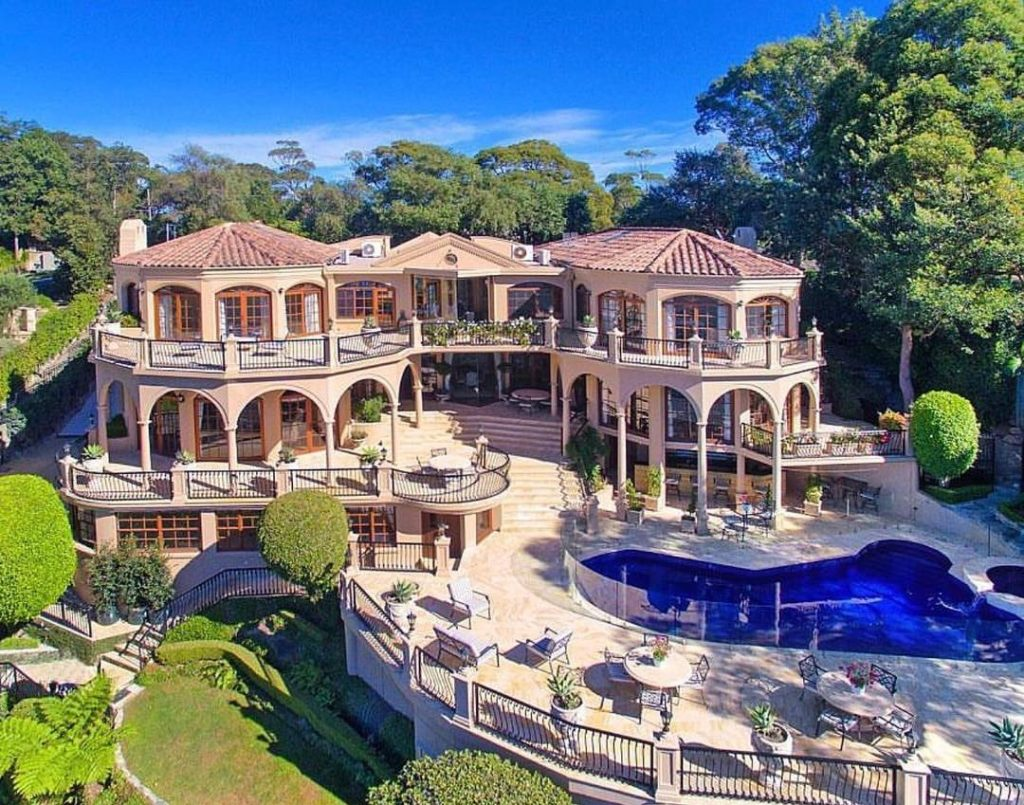 Awesome Mansion Of The Day