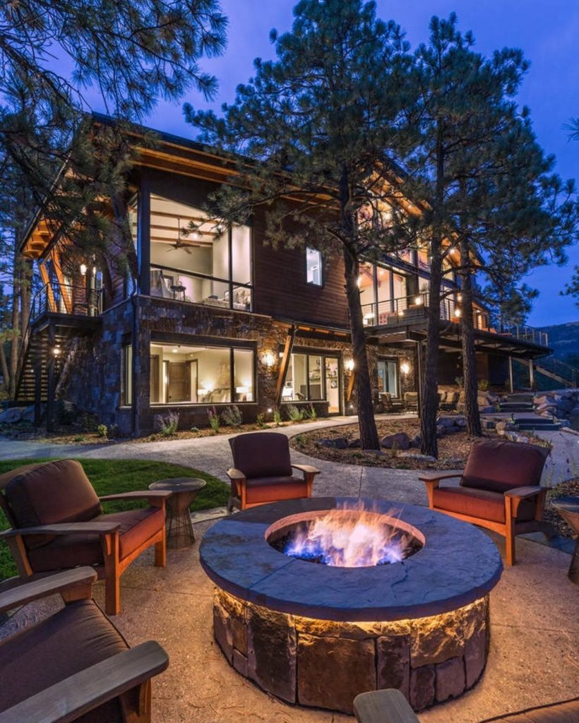 Modern Backyards: Modern Backyards With Outdoor Fire Place, Rattan Furniture