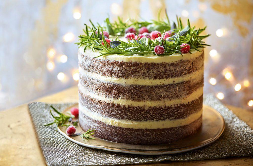 Gingerbread wreath christmas cakes