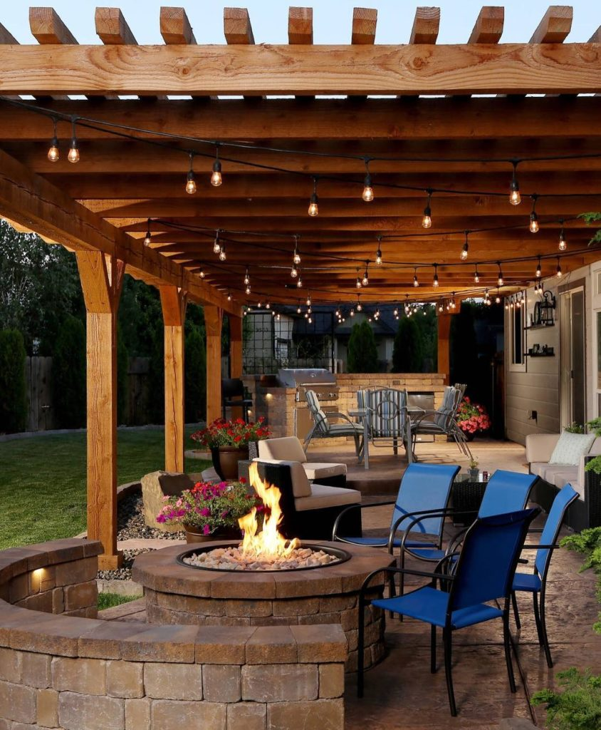 35 Best Patio And Porch Design Ideas: Modern Backyards With Outdoor Fire Place, Rattan Furniture
