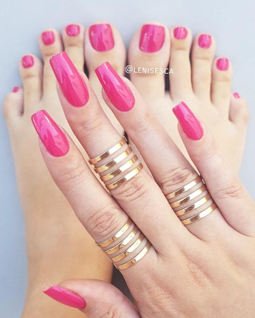 Fuschia Pink summer nail design and toenails
