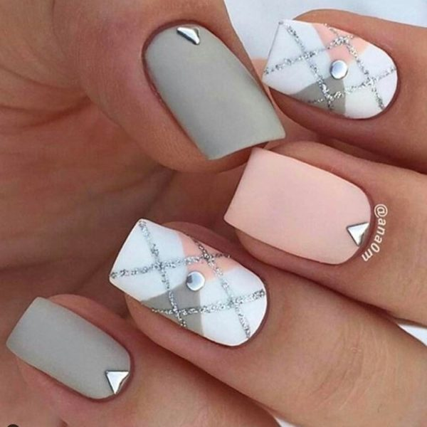Checked pattern Summer nails