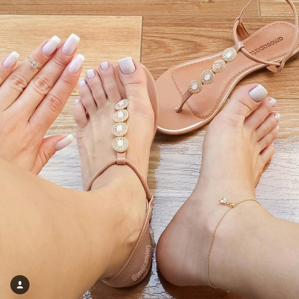 Summer nails matching toenails