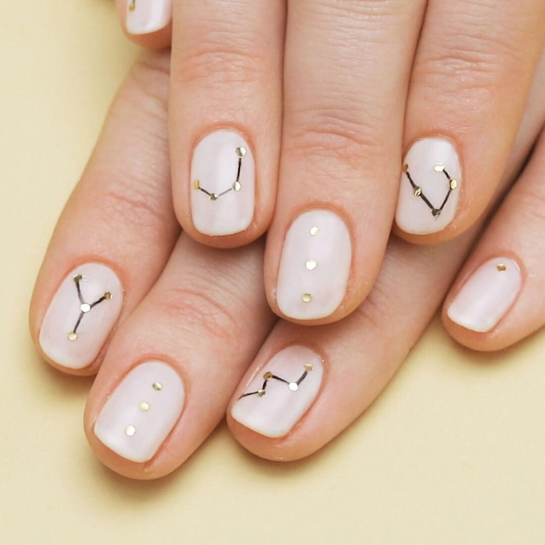 23 Beautiful Nail Art Designs and French Manicure in Acrylic - Gazzed